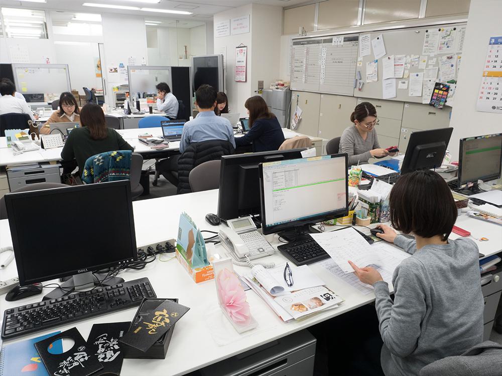 アクタ 東京オフィス営業部